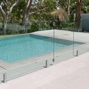 Comprar o produto de Guarda corpo de vidro em Casa, Móveis e Decoração em Jundiaí, SP por Solutudo