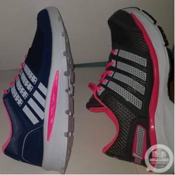 Comprar o produto de RUA- D / LOJA 10 PÉ CHEIROSO - Várias Cores & Tamanhos      em Sapatos pela empresa Mega Lojão do Brás em Jundiaí, SP por Solutudo