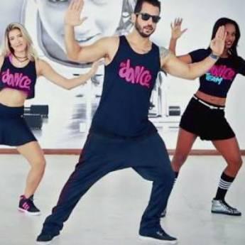 Aulas de Fit Dance