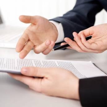 Comprar o produto de Revisão de contratos de trabalhos em Direito Médico pela empresa Fabiana Duarte Advocacia  em Atibaia, SP por Solutudo