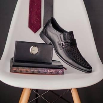 Comprar o produto de Sapatos Sociais em Calçados pela empresa Lojas Conceito Confecções e Calçados - Vestindo e Calçando Toda a Família em Atibaia, SP por Solutudo