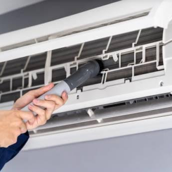 Comprar o produto de Manutenção de Ar Condicionado em Manutenção em Americana, SP por Solutudo