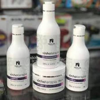 Comprar o produto de Kit Vinho Terapia Pós Química  Shampoo + Condicionador 300 ml + Máscara 250 gramas + Leave–In 300 ml da Tree Liss em KITS em Araçatuba, SP por Solutudo