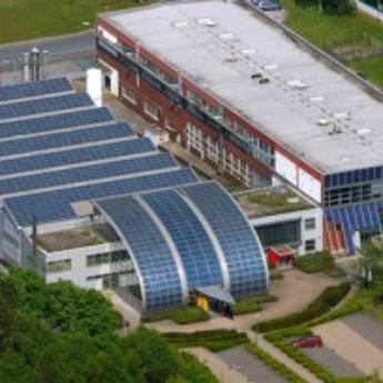 Comprar produto Indústrias e Empresas Redução de impostos e tarifas, selo solar e certificação LEED para maior negociação de seus produtos e serviços, venda de crédito de carbono. em Nossos Serviços pela empresa Cuesta Solar - Energia Fotovoltaica em Botucatu, SP