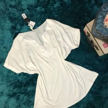 Comprar o produto de Blusa brunei CCE em Roupas e Acessórios pela empresa Loja Ego - Moda Feminina Multimarcas em Botucatu, SP por Solutudo