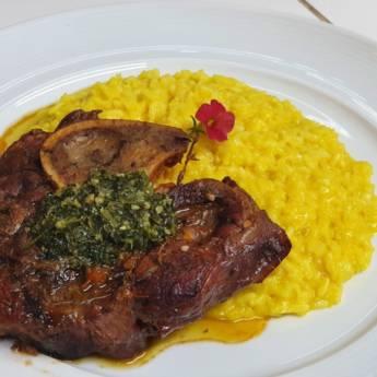 Comprar o produto de OSSOBUCO À MILANESE em Carnes & Aves pela empresa Restaurante Quintal do Gui em Atibaia, SP por Solutudo
