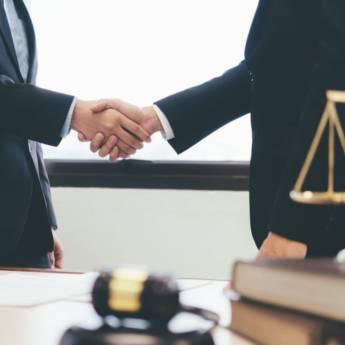 Comprar o produto de Assessoria Jurídica em Direito Médico pela empresa Fabiana Duarte Advocacia  em Atibaia, SP por Solutudo