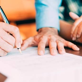 Comprar o produto de Revisão de contratos civis em Direito Cível em Atibaia, SP por Solutudo