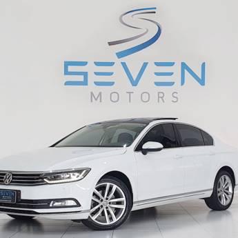 Comprar o produto de VOLKSWAGEN PASSAT 2.0 16V 4P TSI TURBO AUT. - 2018/2018 em Carros em Botucatu, SP por Solutudo