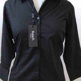 Comprar o produto de Camisa preta lisa manga 3/4 BARREDS em Roupas e Acessórios pela empresa Loja Ego - Moda Feminina Multimarcas em Botucatu, SP por Solutudo