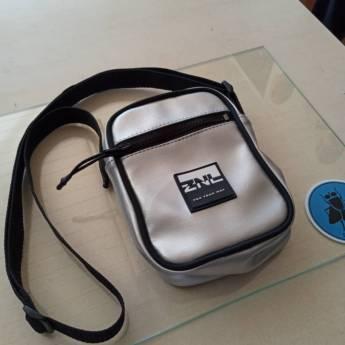 Comprar produto BOLSA SHOULDER BAG em Bolsas pela empresa Villa Skate em Foz do Iguaçu, PR