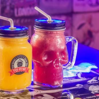 Comprar o produto de Suco • Frutas da Época em Sucos pela empresa Old Home Burger Gourmet  em Atibaia, SP por Solutudo
