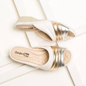 Comprar o produto de Sandálias  em Calçados pela empresa Lojas Conceito Confecções e Calçados - Vestindo e Calçando Toda a Família em Atibaia, SP por Solutudo