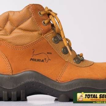 Comprar o produto de Botina nobuck Miura Safetline em Calçado de Segurança pela empresa Total Segurança em Mineiros, GO por Solutudo