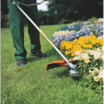 Comprar o produto de Limpeza de Terreno em Casa, Móveis e Decoração pela empresa HG Clean - Jardim e Piscina em Atibaia, SP por Solutudo