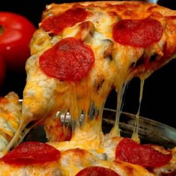 Comprar o produto de Pizza Pedaço  em Outros em Atibaia, SP por Solutudo