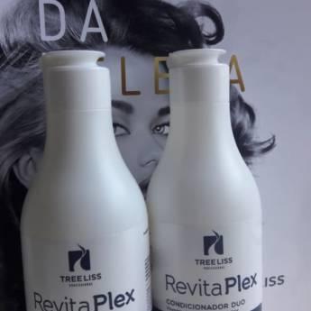 Comprar o produto de Kit Revita Plex - Vinagre de Maça Shampoo + Condicionador 300 ml da Tree liss em KITS em Araçatuba, SP por Solutudo