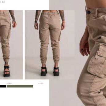 Comprar o produto de Calça jogger bolso cargo BOOQ em Roupas e Acessórios pela empresa Loja Ego - Moda Feminina Multimarcas em Botucatu, SP por Solutudo