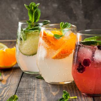 Comprar o produto de Coquetel em Bebidas em Atibaia, SP por Solutudo