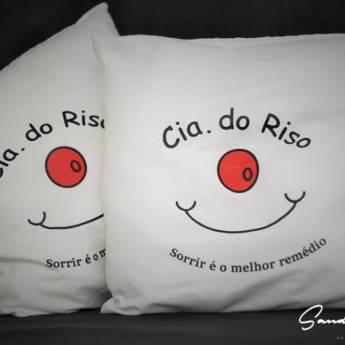 Comprar produto Almofada Cia do Riso em Almofadas Decorativas pela empresa Cia do Riso em Foz do Iguaçu, PR