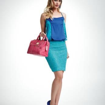 Comprar o produto de Regata saxo bicolor Absolutti em Roupas e Acessórios pela empresa Loja Ego - Moda Feminina Multimarcas em Botucatu, SP por Solutudo