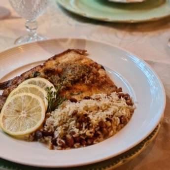 Comprar o produto de TRUTA AU VIERGE em  Peixes & Crustaceos pela empresa Restaurante Quintal do Gui em Atibaia, SP por Solutudo
