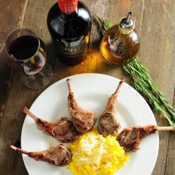 Comprar o produto de Carret de Cordeiro com Risoto de Limão Siciliano  em Restaurantes em Americana, SP por Solutudo