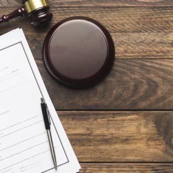 Comprar o produto de Advogado criminal em Botucatu em Advocacia em Botucatu, SP por Solutudo