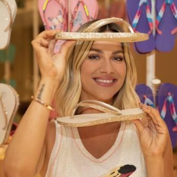 Comprar o produto de Havainas em Calçados pela empresa Lojas Conceito Confecções e Calçados - Vestindo e Calçando Toda a Família em Atibaia, SP por Solutudo