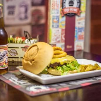 Comprar o produto de Lanche • Califórnia em Lanches pela empresa Old Home Burger Gourmet  em Atibaia, SP por Solutudo