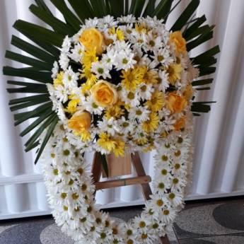 Comprar o produto de Coroa de Flores  em Coroa de Flores pela empresa Floricultura 24hr Flores & Festas em Foz do Iguaçu, PR por Solutudo
