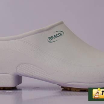 Comprar o produto de Sapato borracha Bracol - Flip  em Calçado de Segurança em Mineiros, GO por Solutudo