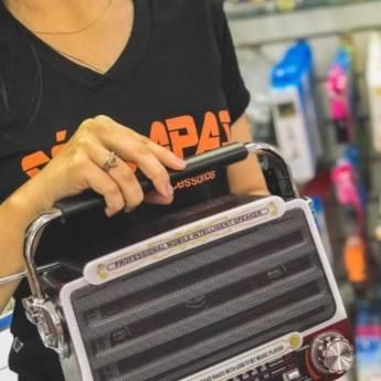 Comprar o produto de CAIXAS DE SOM PORTÁTEIS em Caixas Bluetooth pela empresa Só Capas Acessórios em Foz do Iguaçu, PR por Solutudo