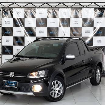 VOLKSWAGEN SAVEIRO – 1.6 CROSS CE 16V FLEX 2P MANUAL 2015/2016 em Botucatu, SP por Seven Motors Concessionária