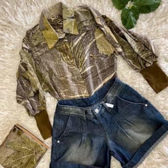 Comprar o produto de Camisa eco print amora - O CASULO FELIZ em Roupas e Acessórios pela empresa Loja Ego - Moda Feminina Multimarcas em Botucatu, SP por Solutudo