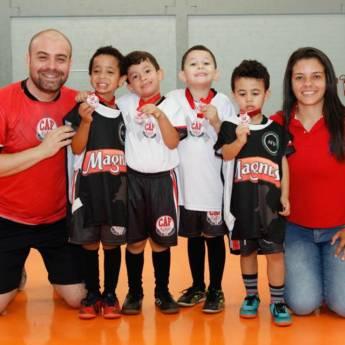 Comprar o produto de Para nós o ensino é coisa séria. Ensinar Futsal, mais ainda! em A Classificar pela empresa CAF - Centro de Atividade Física em Boituva, SP por Solutudo