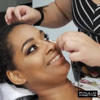Comprar o produto de Maquiagem profissional em Salões de Beleza em Jundiaí, SP por Solutudo