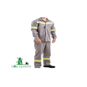 Comprar o produto de Conjunto de uniforme de brim - Risco II  em Vestimenta de Proteção pela empresa Dom Quixote Equipamentos de Proteção Individual em Jundiaí, SP por Solutudo