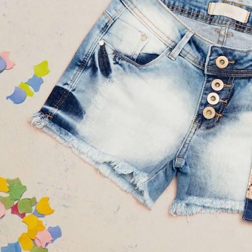 Calça Jeans Feminina  por Lojas Conceito Confecções e Calçados - Vestindo e Calçando Toda a Família