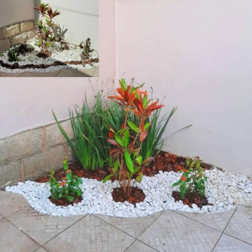 Projeto de paisagismo em Botucatu, SP por Gabryella Duarte Paisagismo