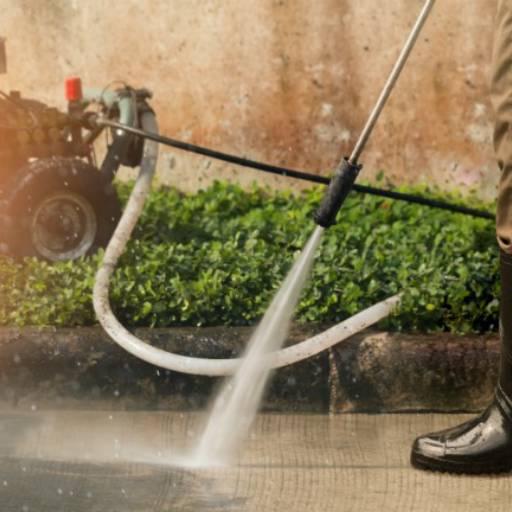 Limpeza com Lavadora em Atibaia, SP por HG Clean - Jardim e Piscina