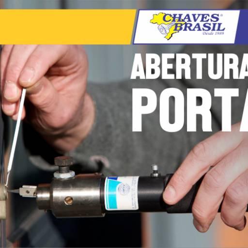 Comprar o produto de Abertura de Portas em Chaveiro pela empresa Chaves Brasil em Foz do Iguaçu, PR por Solutudo