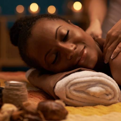 Comprar o produto de Massagem Corporal em Massagem pela empresa Laura Podóloga em Atibaia, SP por Solutudo