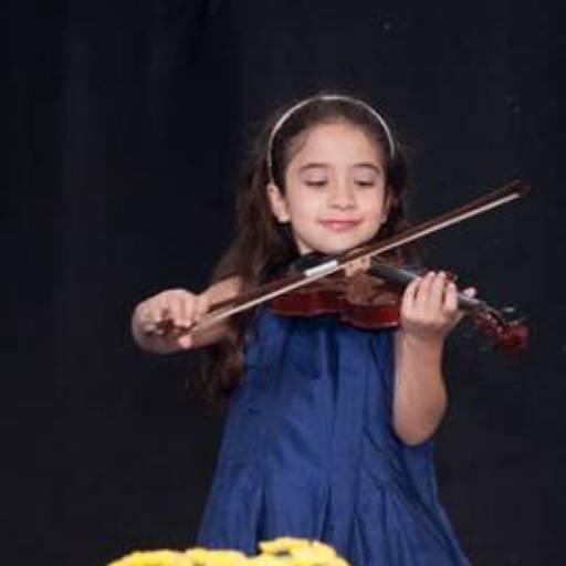 Comprar o produto de Violino em Colégios e Escolas pela empresa EIPG - Escola Internacional Preparando Gerações (Sede) em Atibaia, SP por Solutudo