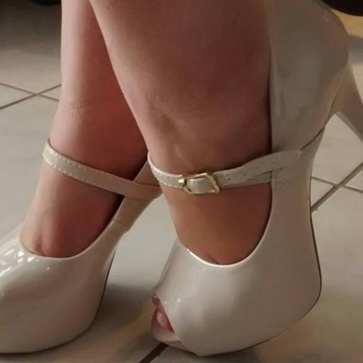 Comprar o produto de Peep Toe Boneca  em Peep Toe pela empresa D&D Calçados  em Botucatu, SP por Solutudo