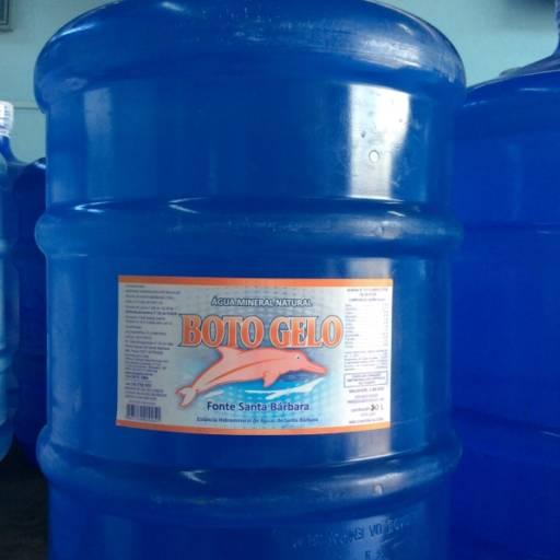 Comprar o produto de Galão de Água 20 Litros em Outros pela empresa Boto Gelo em Botucatu, SP por Solutudo