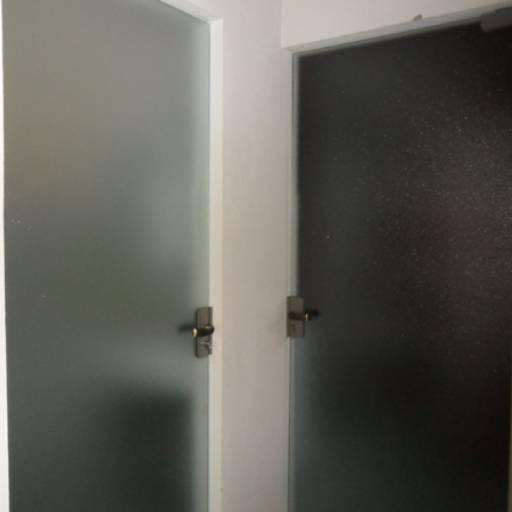 Comprar o produto de Portas de Vidros Jateados em Outros pela empresa Vidraçaria Falcão em Botucatu, SP por Solutudo