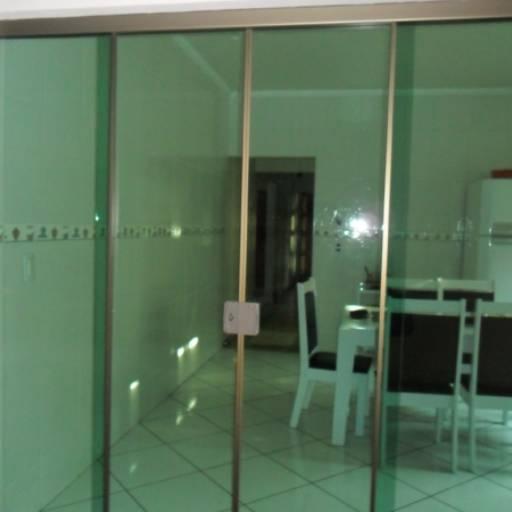 Comprar o produto de Portas de Vidros em Outros pela empresa Vidraçaria Falcão em Botucatu, SP por Solutudo