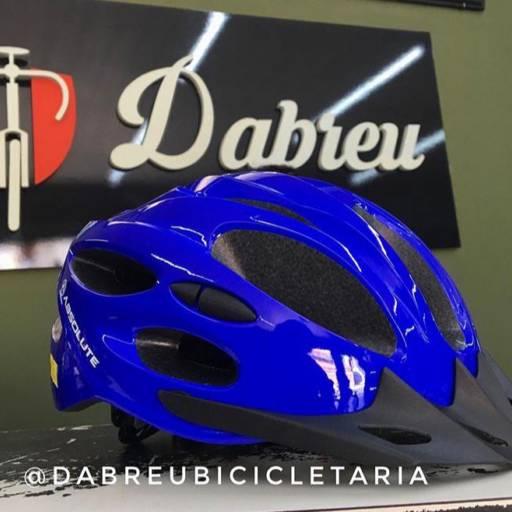 Comprar o produto de Capacetes com refletivo traseiro em Capacetes pela empresa Bicicletaria Dabreu em Tietê, SP por Solutudo