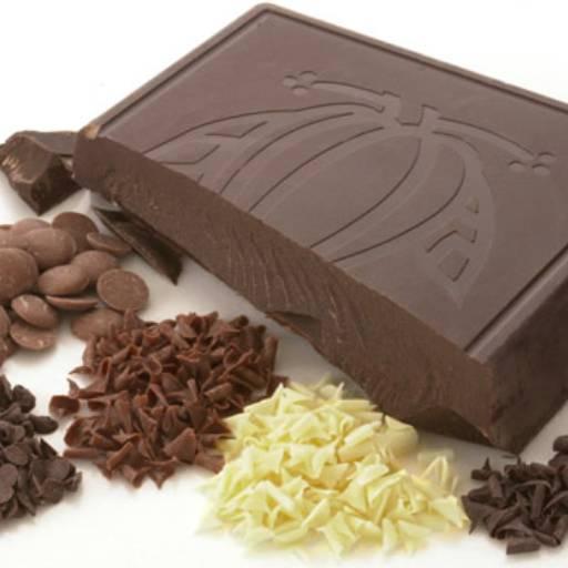 Comprar o produto de Chocolates e Confeitos !!! em Bolos e Doces pela empresa Eloy Festas em Jundiaí, SP por Solutudo